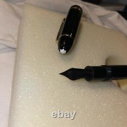 MONTBLANC MEISTERSTUCK Model 149 18 K Excellent! With Inkwell/Original box