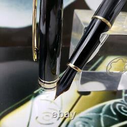 MONTBLANC Meisterstuck 144 Classic 14k M Nib Black Gold Fountain Pen