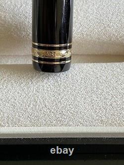 MontBlanc Meisterstuck Le Grand 146 Gold Line Fountain Pen