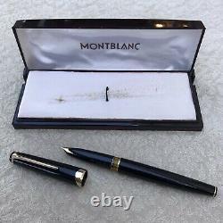 Near Mint Montblanc Meisterstuck 14 Fountain Pen, Black & Gold, 18k 750 Gold Nib