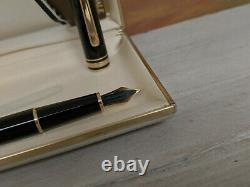 Vintage MONTBLANC Meisterstuck Classique 144 Fountain Pen Fine 18K Gold Nib